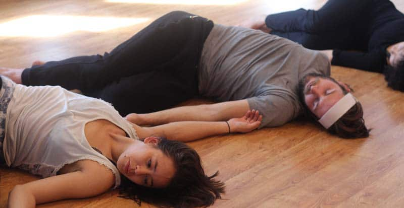 students during moves t class in the summer acting program at maggie flanigan studio